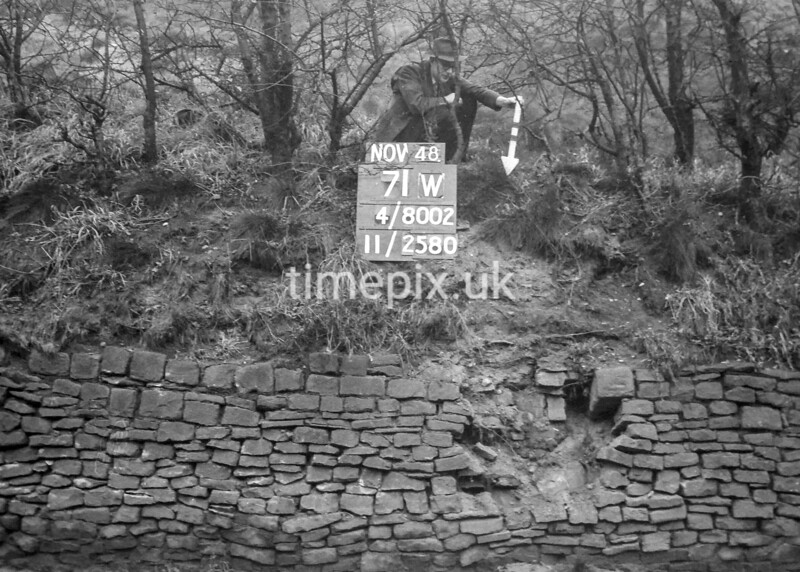 SD800271W, Ordnance Survey Revision Point photograph in Greater Manchester
