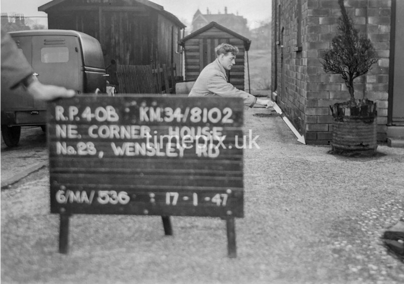 SD810240B, Ordnance Survey Revision Point photograph in Greater Manchester