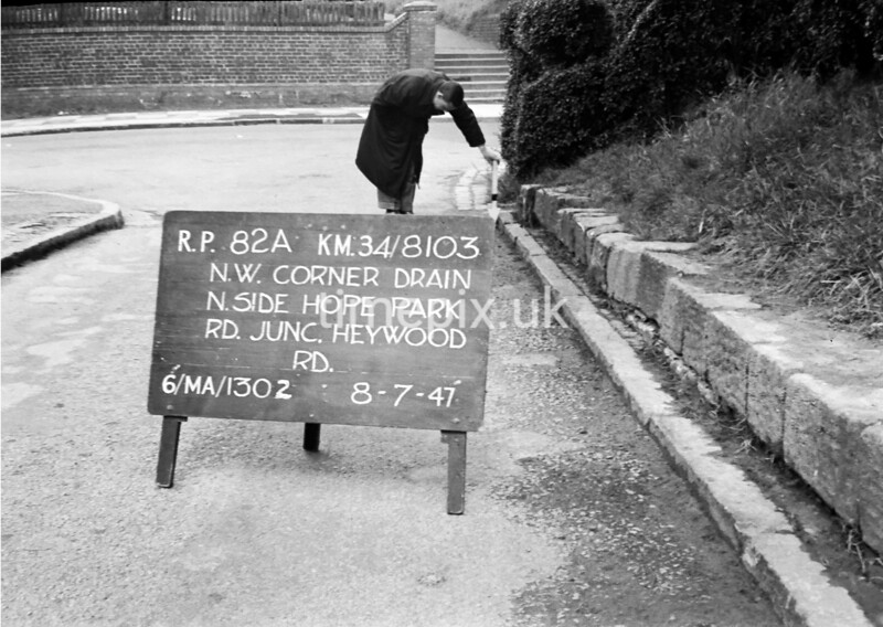 SD810382A, Ordnance Survey Revision Point photograph in Greater Manchester