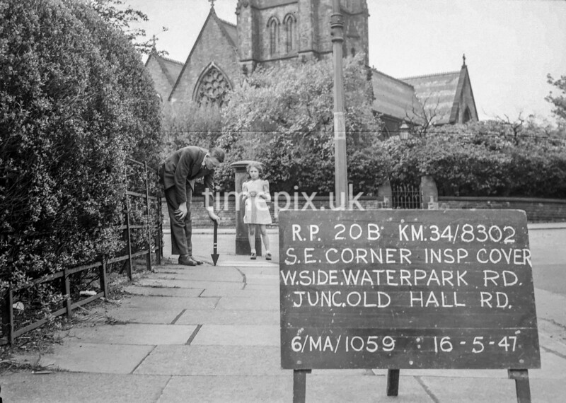 SD830220B, Ordnance Survey Revision Point photograph in Greater Manchester