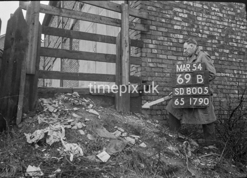 SD800569B, Ordnance Survey Revision Point photograph in Greater Manchester