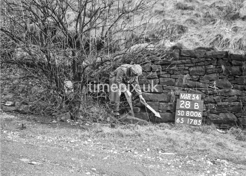 SD800628B, Ordnance Survey Revision Point photograph in Greater Manchester
