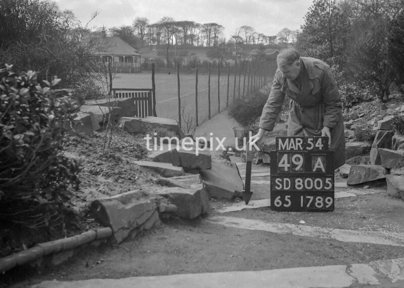 SD800549A, Ordnance Survey Revision Point photograph in Greater Manchester