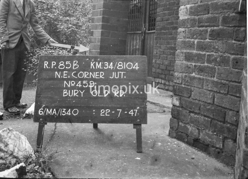 SD810485B, Ordnance Survey Revision Point photograph in Greater Manchester