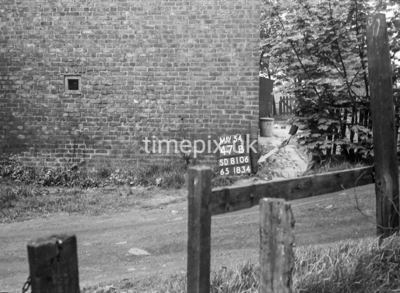 SD810647B, Ordnance Survey Revision Point photograph in Greater Manchester