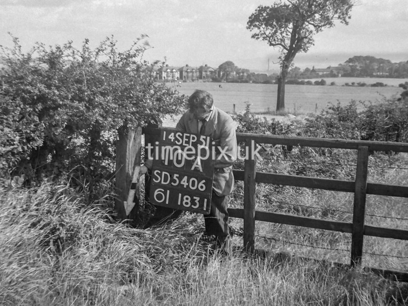 SD540610A, Ordnance Survey Revision Point photograph in Greater Manchester