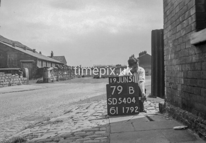 SD540479B, Ordnance Survey Revision Point photograph in Greater Manchester