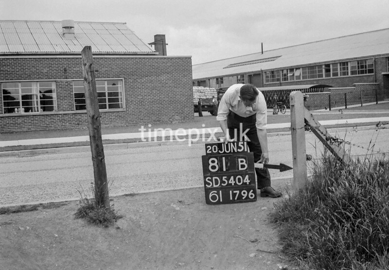 SD540481B, Ordnance Survey Revision Point photograph in Greater Manchester