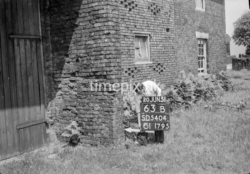 SD540463B, Ordnance Survey Revision Point photograph in Greater Manchester