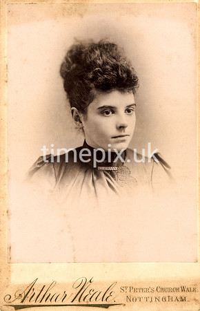 DrBuckby30F, 1890s cabinet card by Arthur Neale of Nottingham