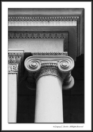 Ionic capital detail on the exterior of the Art Institute of Chicago.