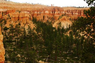 Peekaboo Trail