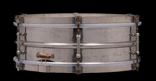 Ludwig, All-Metal,  tube lug, p84, brass