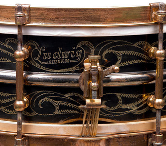 Ludwig, Black, Beauty, DeLuxe, Standard, Scroll, engraving, snare, heater