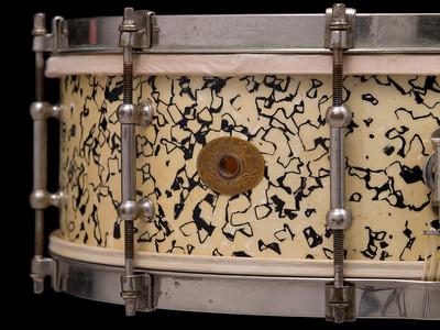Ludwig, Separate, tension, Streaked, Opal, Pearl, snare