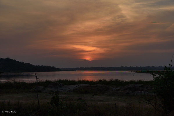 Sunset over the Victoria Nile