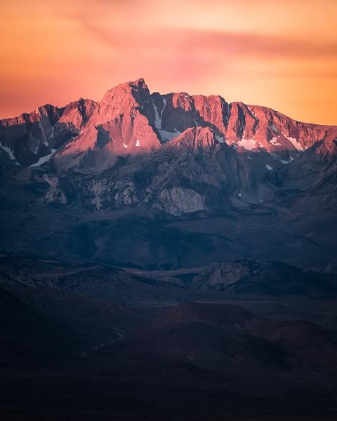 Alpenglow of the Sierra