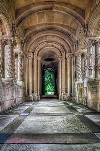 Wilton Colonnade