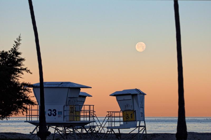 Moon Setting at The Shores