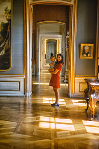 700821 Jamie and Joanie Inside Charlottsberg Palace 13-1