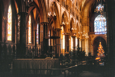 700109 Lincoln Cathedral Interior 1-21