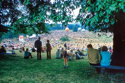 700718 Nottingham Festival 11-1