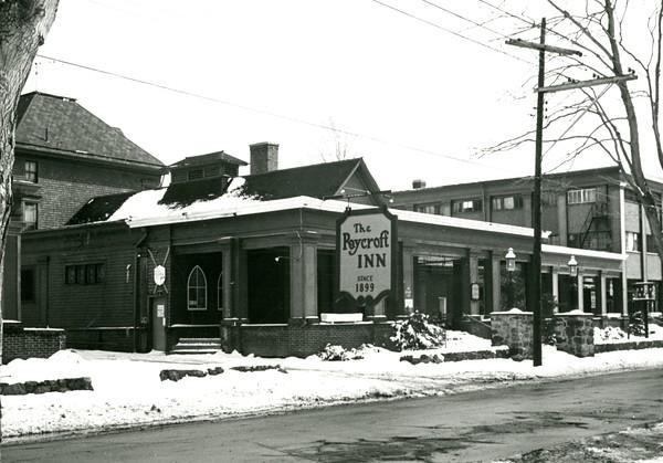 Roycroft Inn, Winter