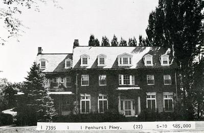 1 Penhurst Park