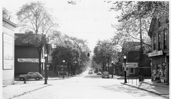 Michigan Avenue at Carlton Street
