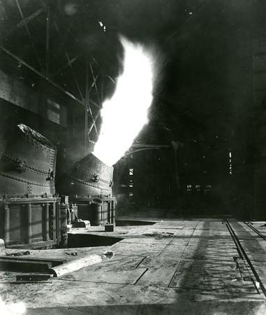 Bessemer furnace first blowing