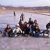 Patinage de fortune en Corée en 1980; makeshift ice-skating in Korea in 1980