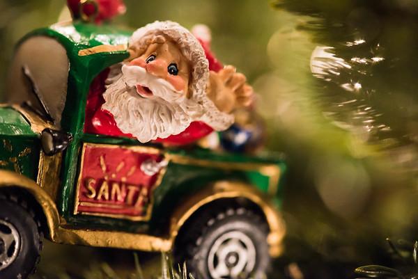 347/366 Santa