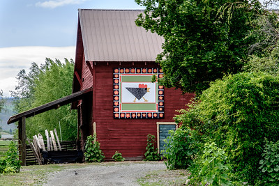 Red Quilt Barn