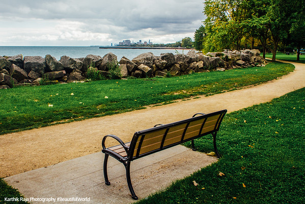 View of Chicago, bench, Elliot Park, Evanston, Illinois