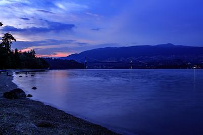 21:27 - Lions Gate Bridge - Blue Hour
