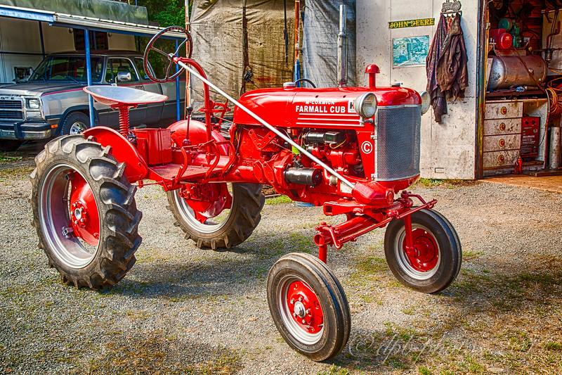 International Harvestor - Farmall Club