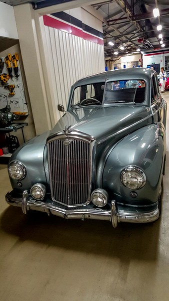 Wolseley Six Eighty