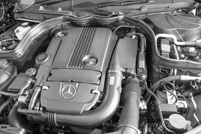 Mercedes 4 Cylinder Petrol Engine