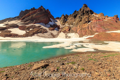 No Name Lake, At The Top Of Central Oregon's Broken Top Hike