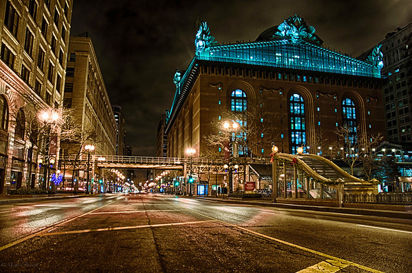 Shot around 4am in the middle of downtown Chicago. The Harold Washington Library resides on south State Street and it was great to be able to shoot. <br /> <br /> Shooting on a Sunday morning at such an early time left me almost alone in the loop which is a crazy feeling when it's normally so populated. Shot on the morning of 12-8-13.