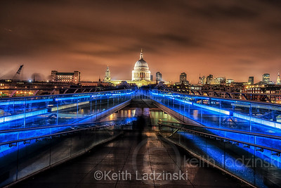 St Pauls cathedral seen from the London Bridge