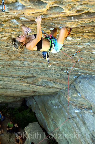 a women climbing in the red river gorge kentucky