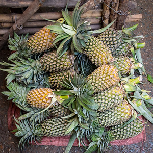 Mekong Delta, Can Duoc market - pineapples