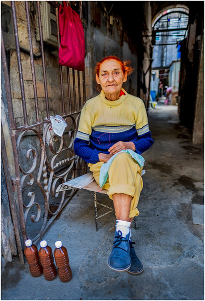 48 Cuba Havana Centro Havana Woman Selling Refrescas March 2017