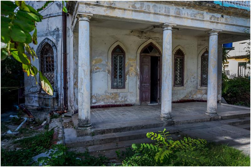 72 Cuba Havana Santos Suarez Colonial Building 4 March 2017