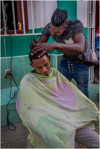 47 Cuba Havana Centro Havana Sidewalk Barber 1 March 2017