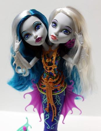 Peri & Pearl Serpintine