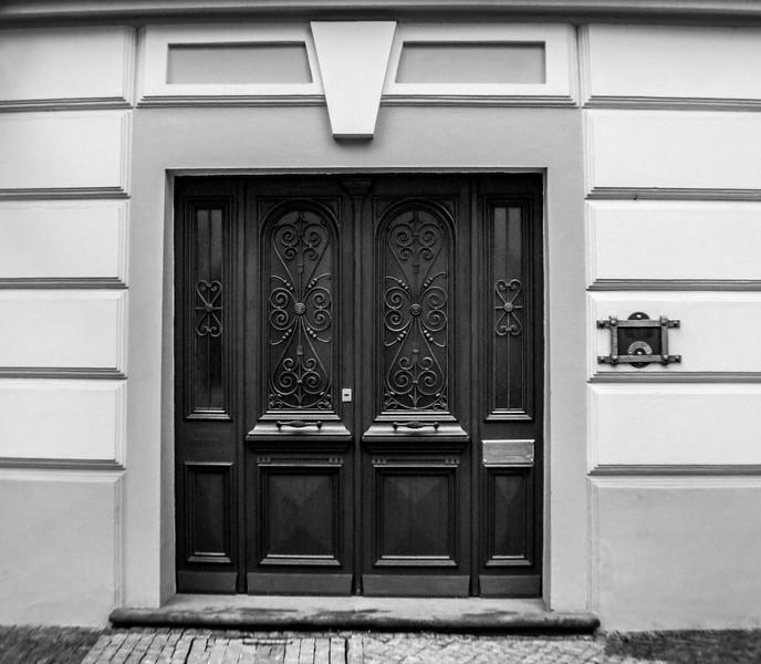 Twin Door with Side Panels