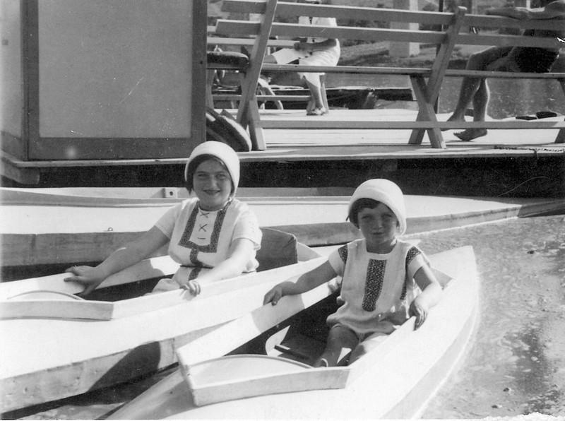 Zalishchyky, Dnister. Shady Beach.  1935. Renia and Ariana ( Elizabeth)  Spiegel