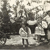 Zalishchyky 1936. Ariana (Elizabeth), Renia, and Roza during the grape harvest festival